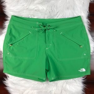"The North Face Women's Green Swim Board 5"" Shorts"